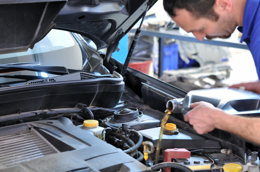 How Often Should I Get an Oil Change? - Blog: Auto Body Tips & Advice | One Stop Collision in Garden City - oilchanges
